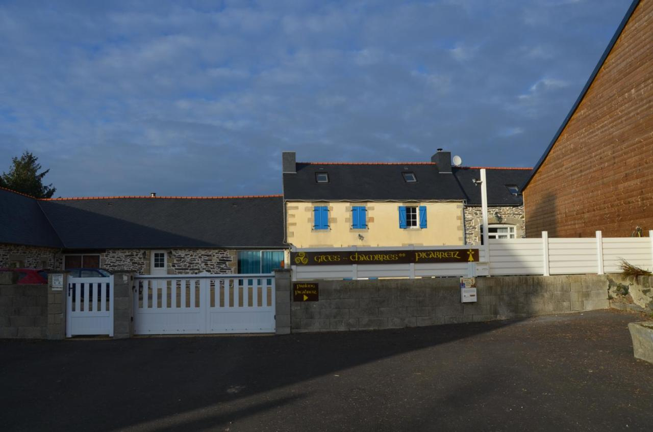 Guest Houses In Plonevez-porzay Brittany