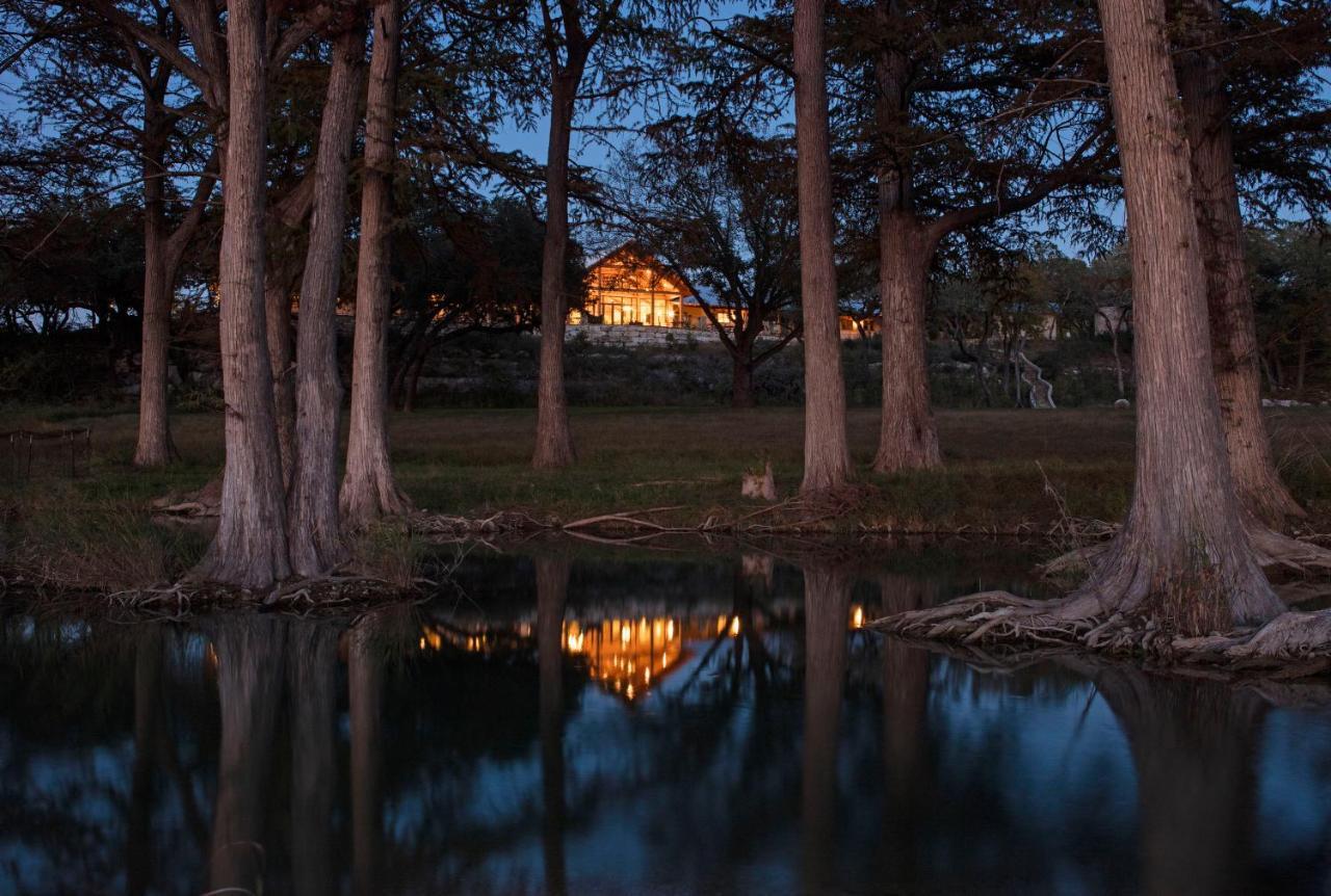 Hotels In Comfort Texas