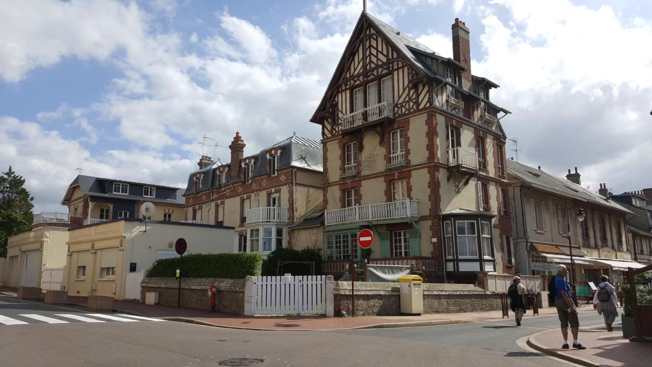 Guest Houses In Ouistreham Lower Normandy