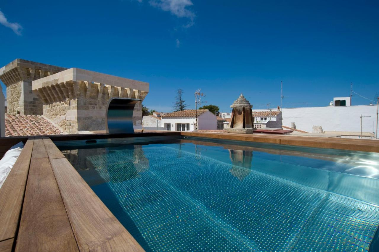 boutique hotels menorca  295
