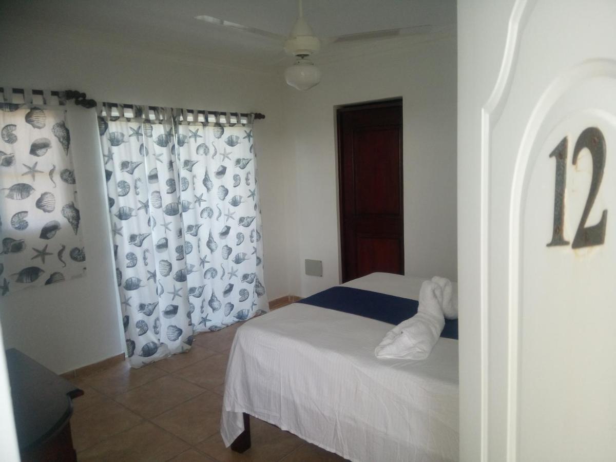 Hotels In Higüerito