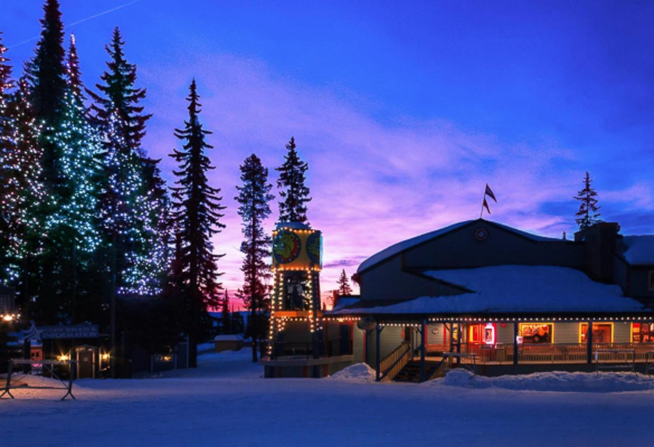 Hotels In Silver Star British Columbia