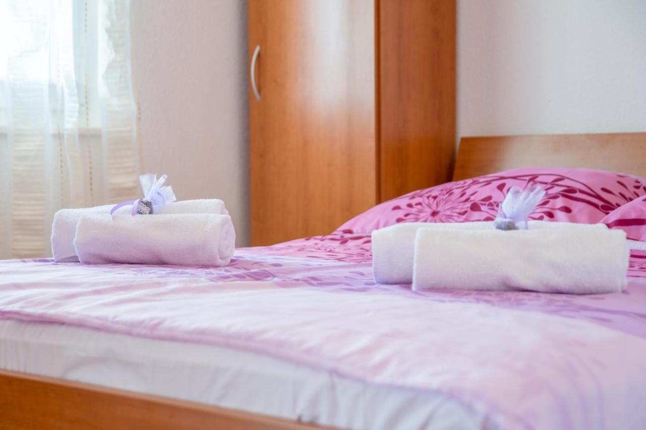 apartments a imia milna croatia booking com