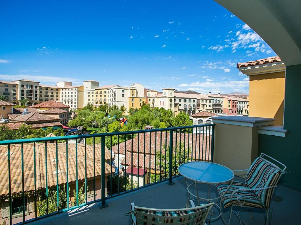 Viera Two Bedroom Apartment 305 Las Vegas Nv Booking Com