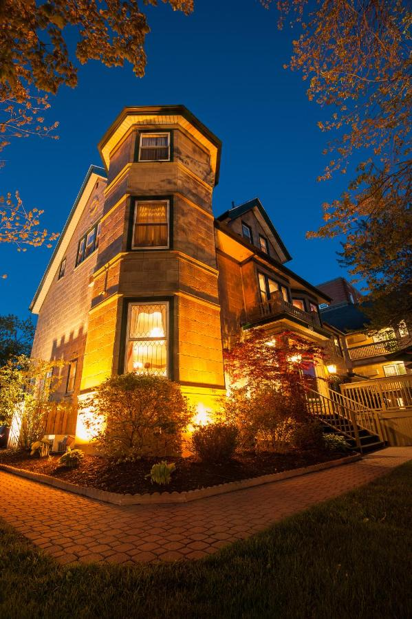 Hotels In Rice Point Prince Edward Island