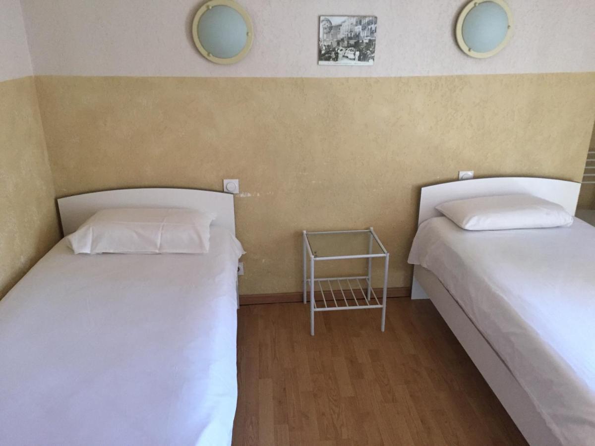 Hotels In Saint-félix-de-lodez Languedoc-roussillon