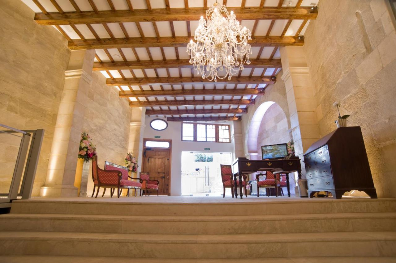 boutique hotels mahon  85