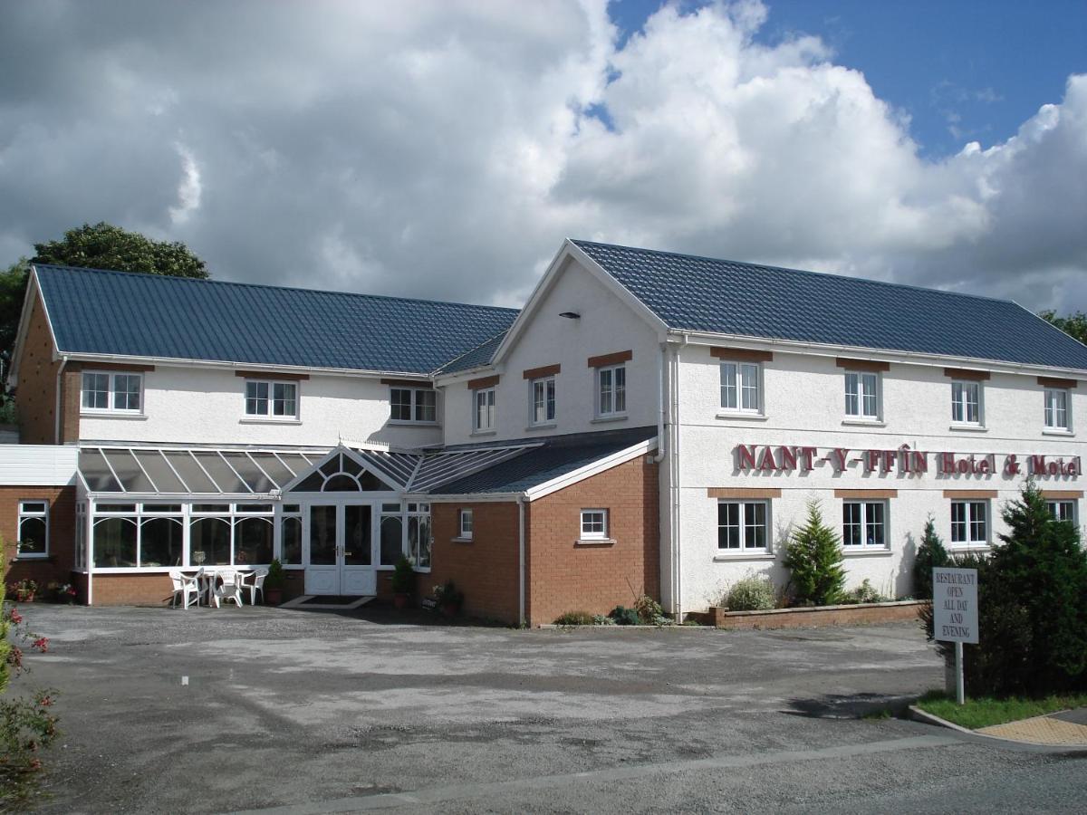 Hotels In Rosebush