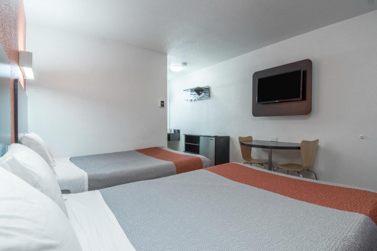 motel 6 bakersfield ca booking com