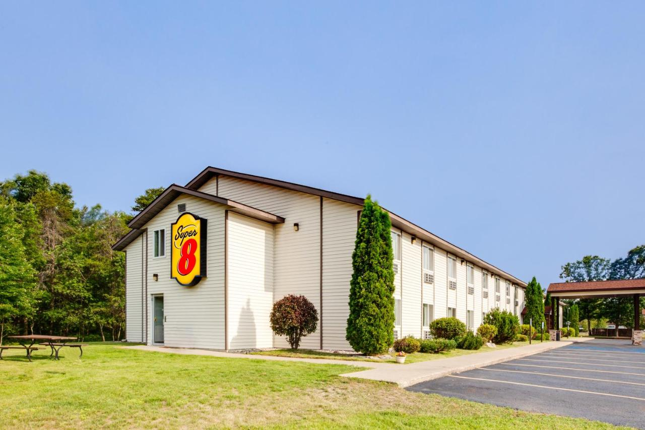 Hotels In Grayling Michigan