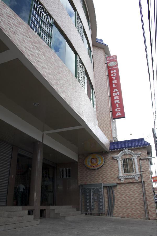 Hotels In América