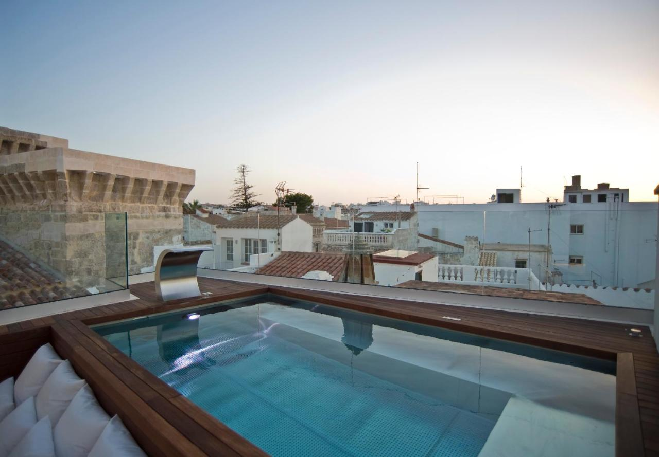 boutique hotels mahon  103