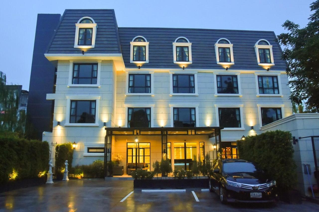 Hotels In Ban Thai Wat Khot Rayong Province
