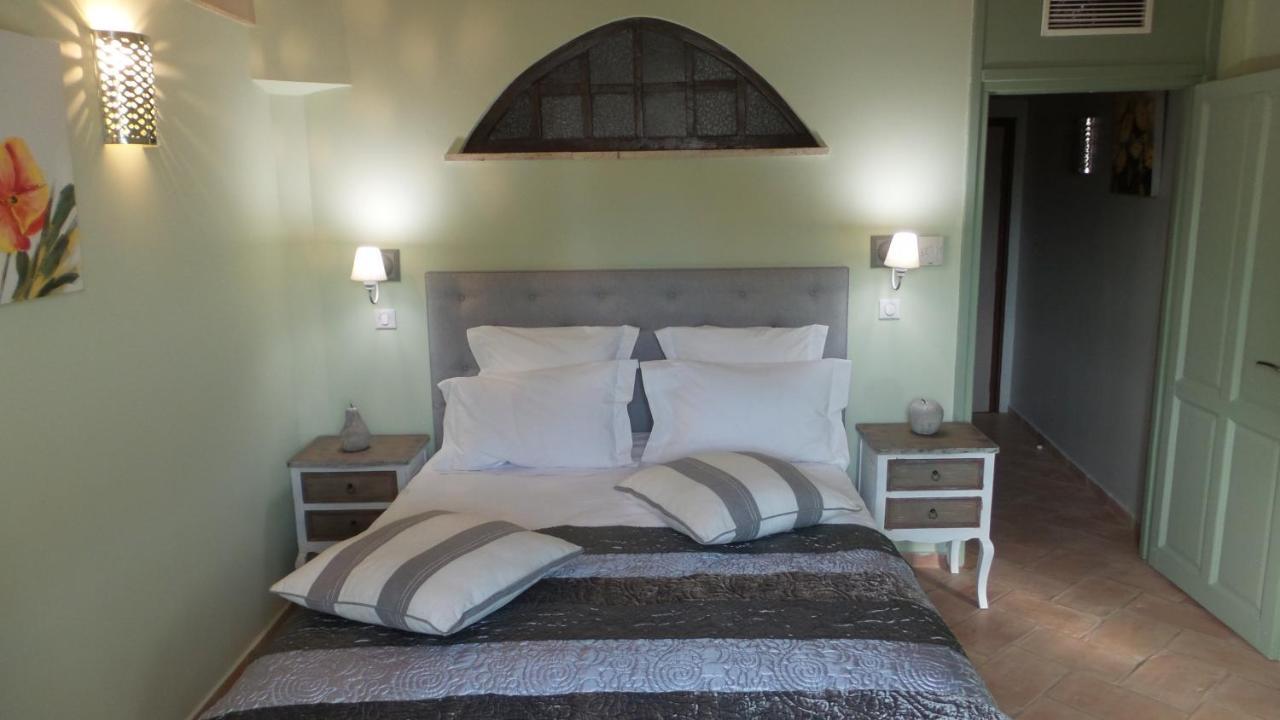 Guest Houses In Quinson Provence-alpes-côte D