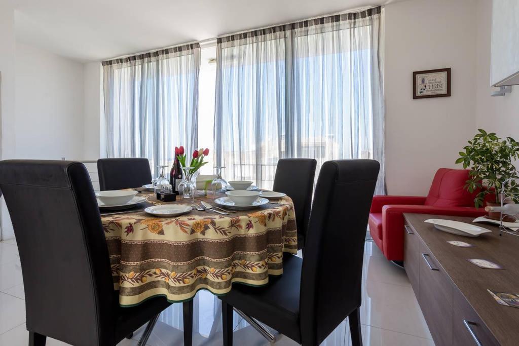 Windsor Penthouse No 9, Bahía de San Pablo – Precios actualizados 2018