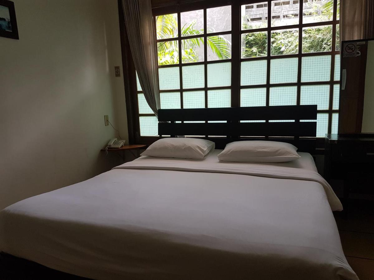 Peye Guesthouse Malang Indonesia