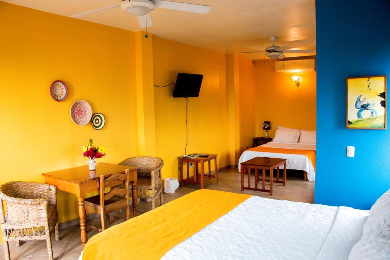 Hotels In Tela