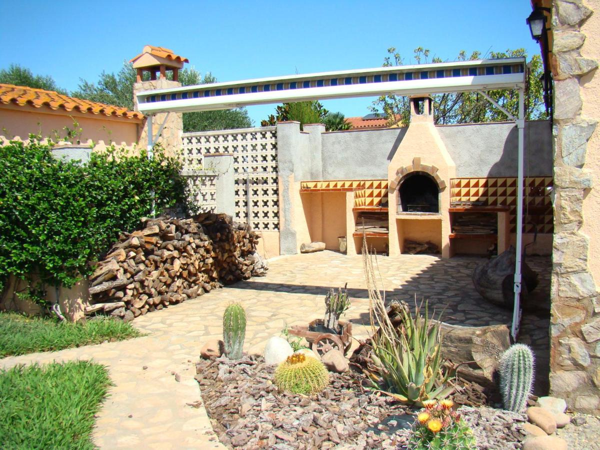 Vacation Home Oasis, Ventalló, Spain - Booking.com