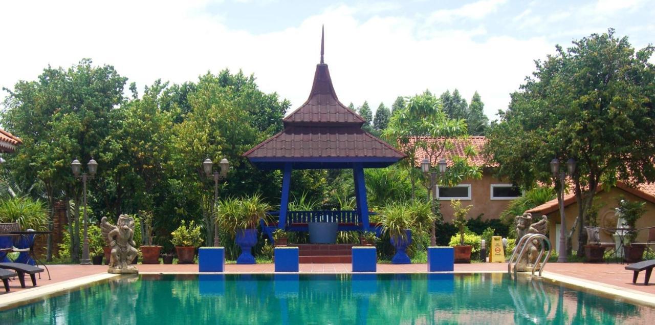 Pictory Garden Resort, Na Jomtien, Thailand - Booking.com