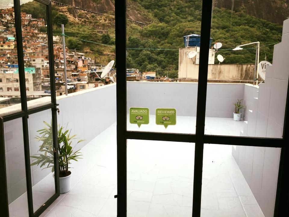 Hostels In Ilha Dos Pescadores Rio De Janeiro State