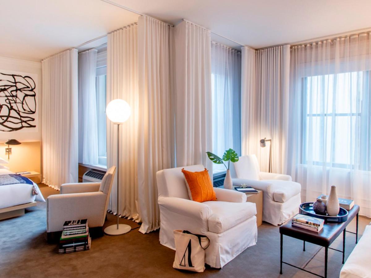 Hotel Ambassador Chicago (USA Chicago) - Booking.com
