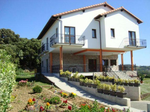 Guest Houses In Bareyo Cantabria