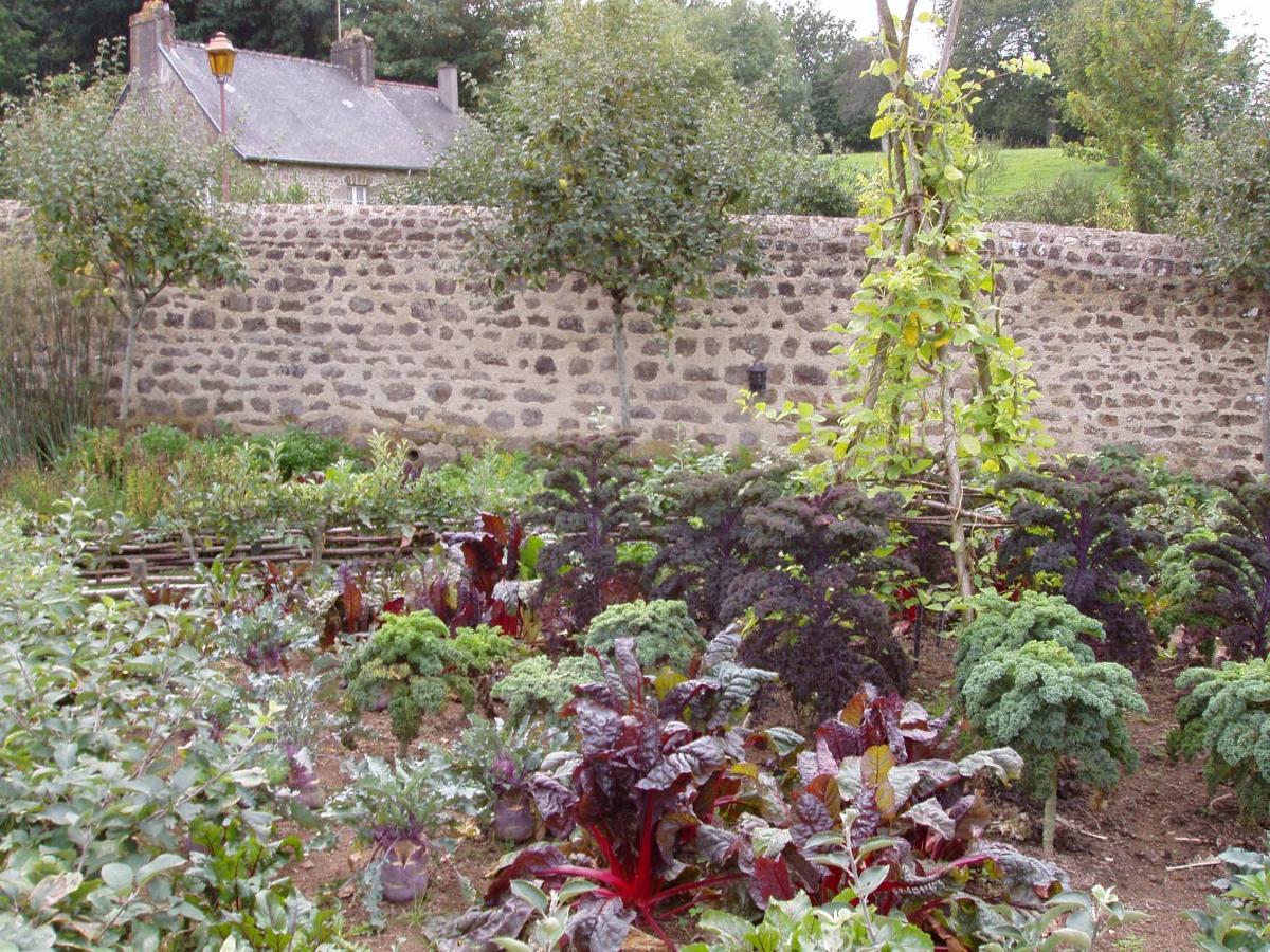 Guest Houses In Neuilly-le-vendin Pays De La Loire