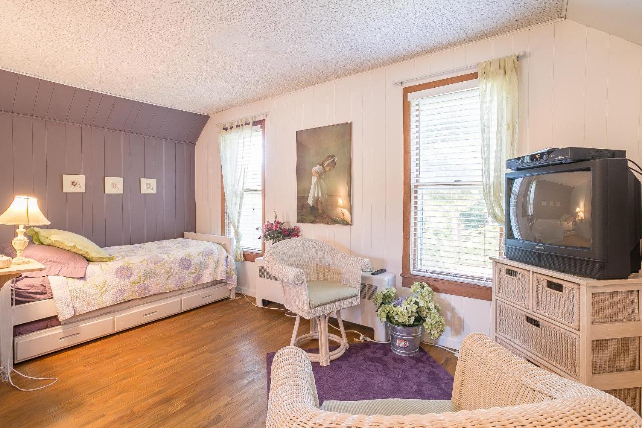 Bed And Breakfasts In Glen Arbor Michigan