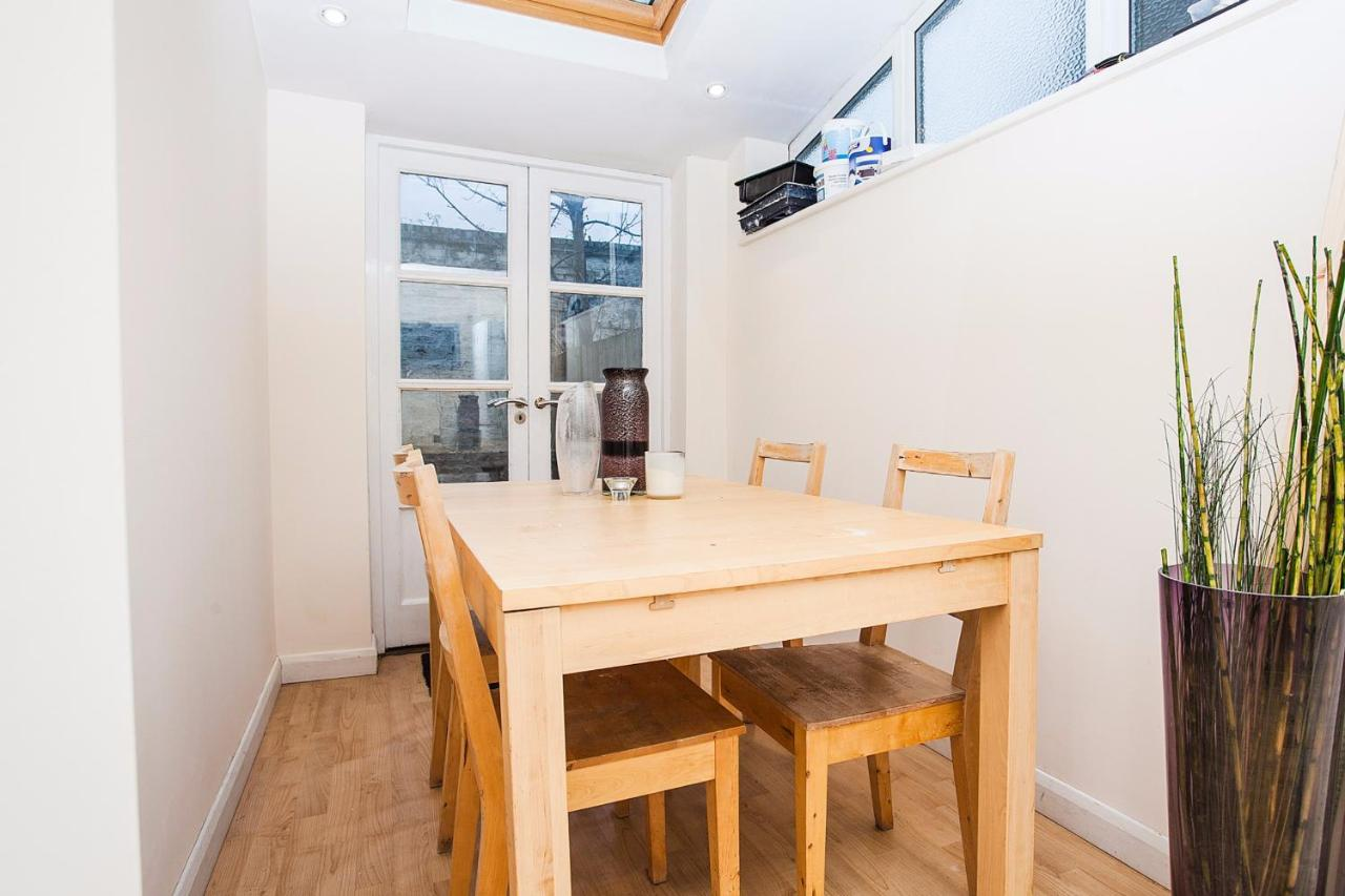 Modern spacious home on old kent road apartment london uk deals