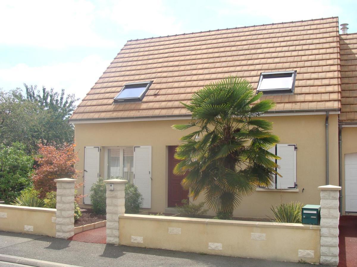 Guest Houses In Oizé Pays De La Loire