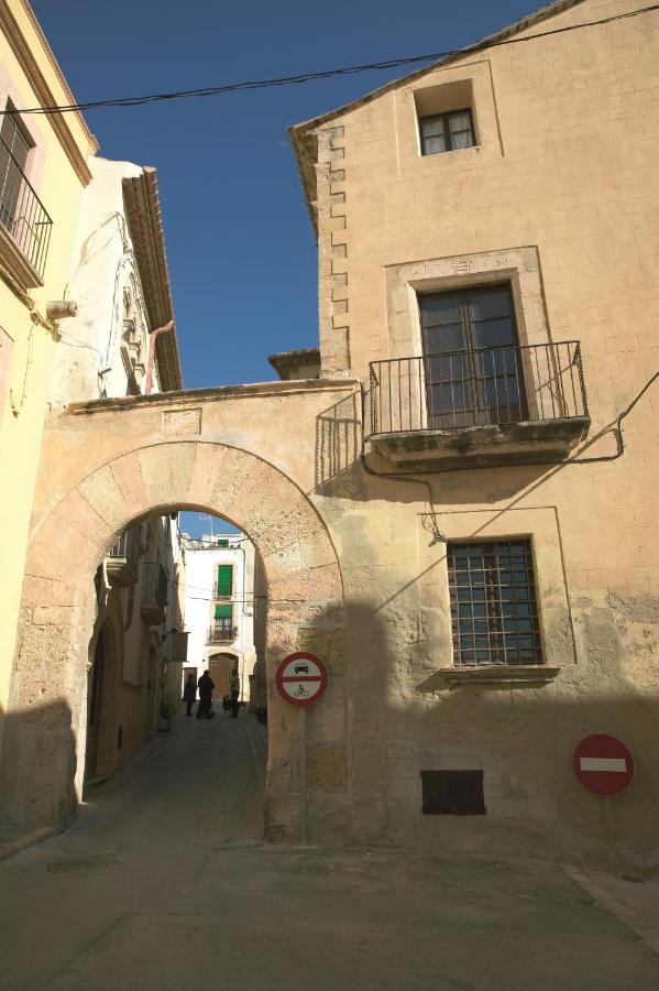 Hostels In Nulles Catalonia
