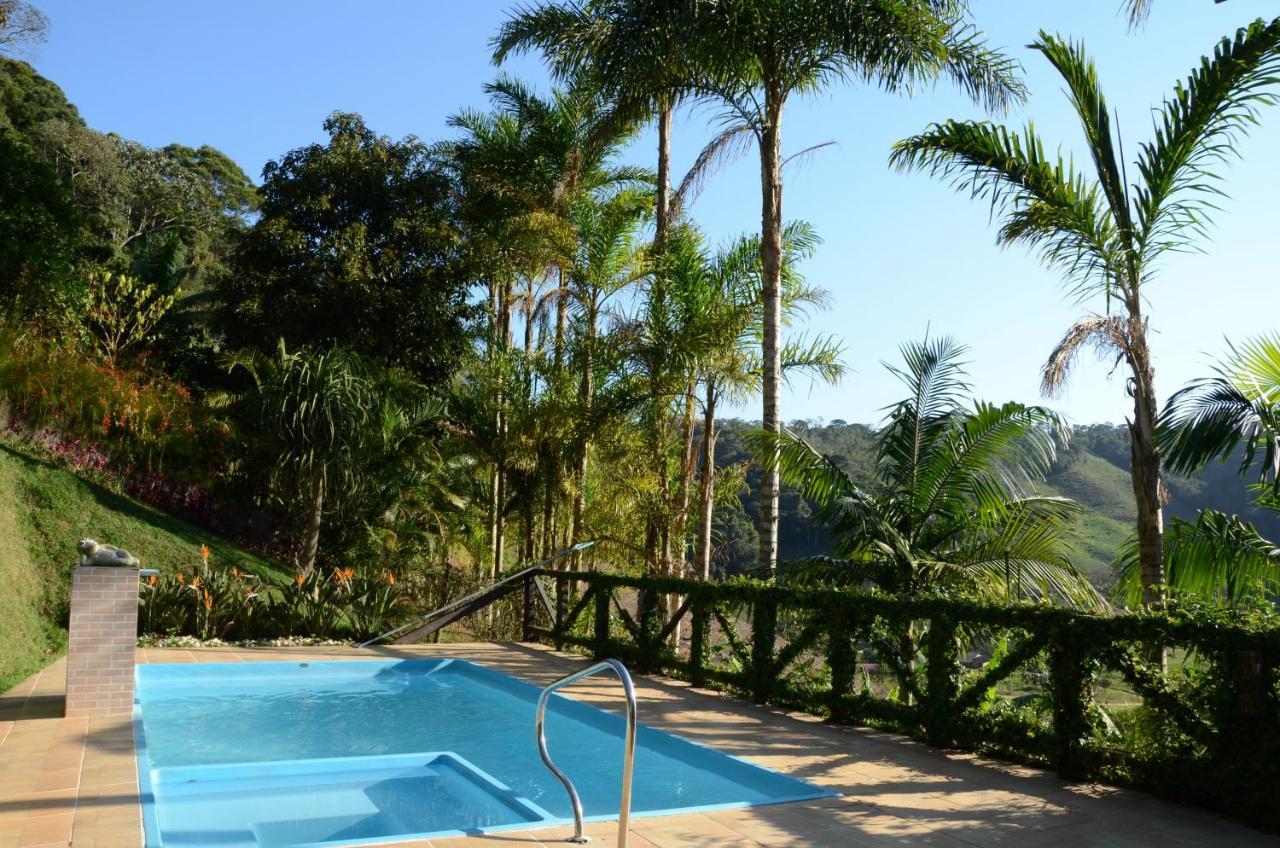 Guest Houses In Vítor Hugo Espírito Santo