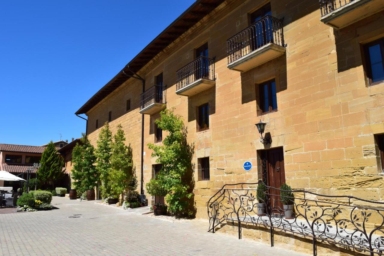 boutique hotels in zarratón  1