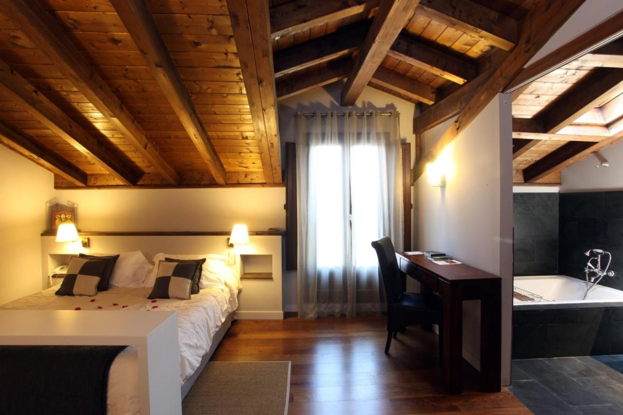 boutique hotels in navarra  50