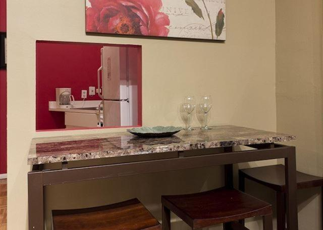 apartment chic 2 bedrooms near times square new york city ny