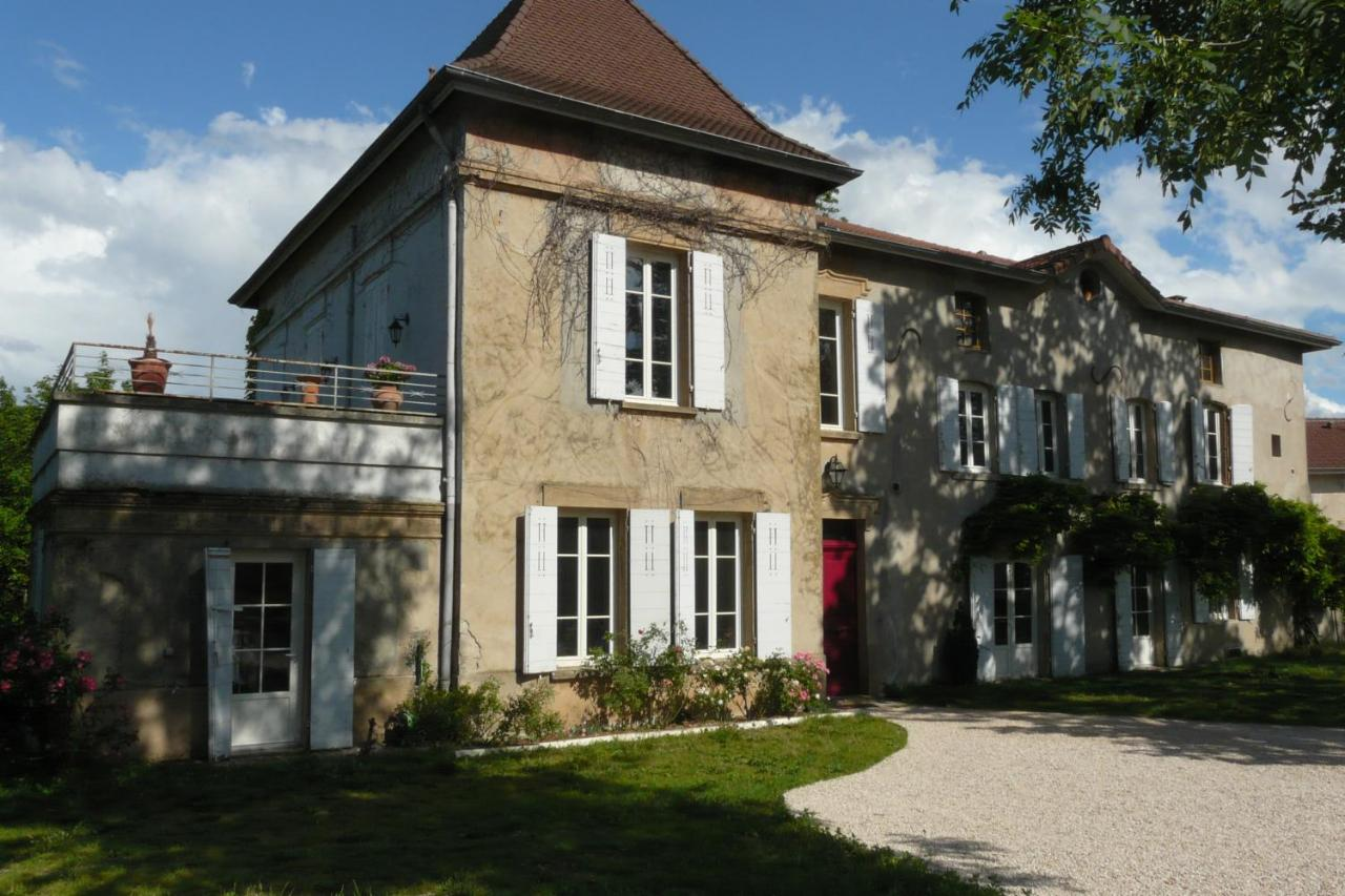 Bed And Breakfasts In Panossas Rhône-alps