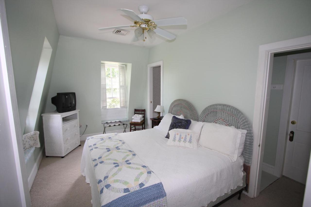 Bed And Breakfasts In Pawcatuck Connecticut