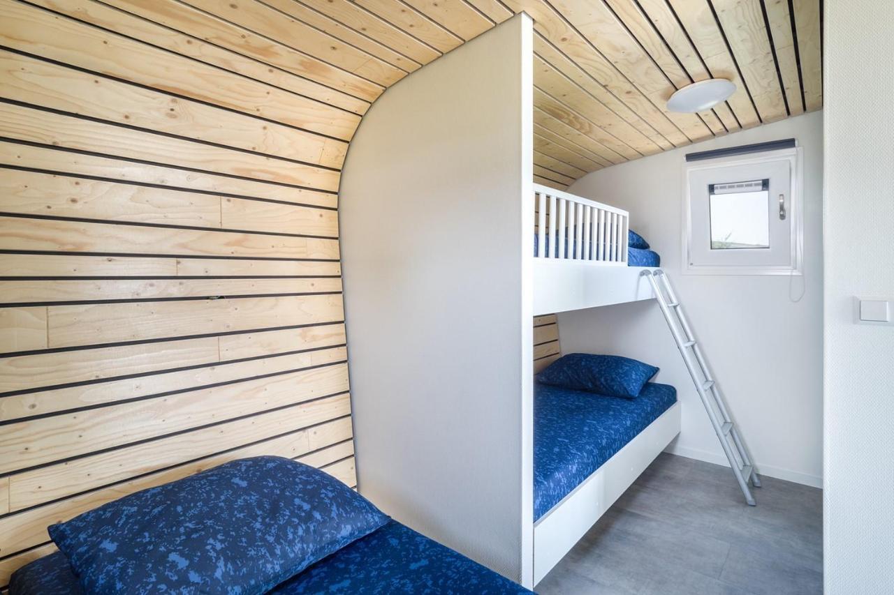 Small World Kledingkast.Chalet Luxe Tiny House Stroe Netherlands Booking Com