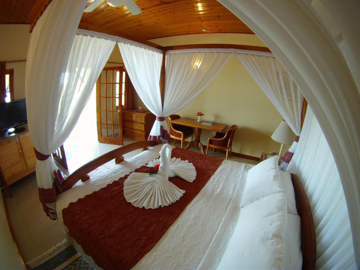 Hotels In Kew Hanover