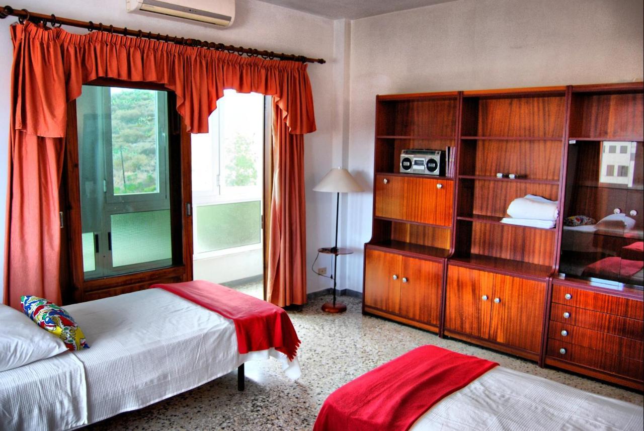 Hotels In La Hidalga Tenerife