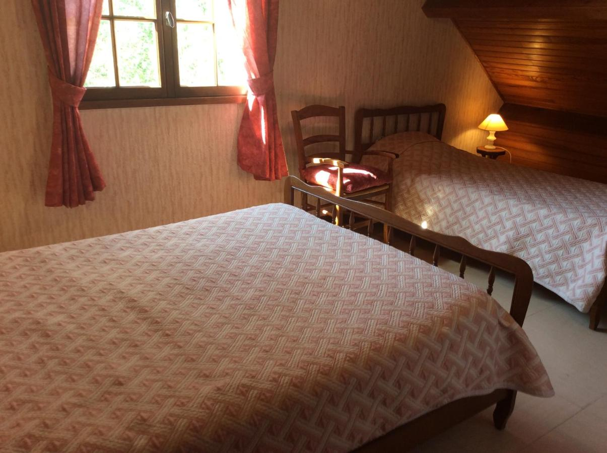 Guest Houses In Riom-ès-montagne Auvergne