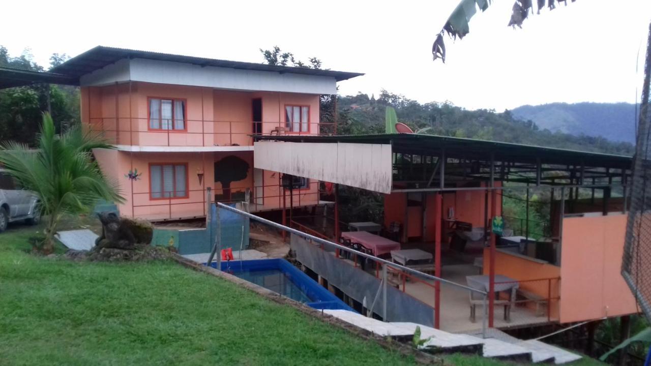 Hotels In Tuis Cartago
