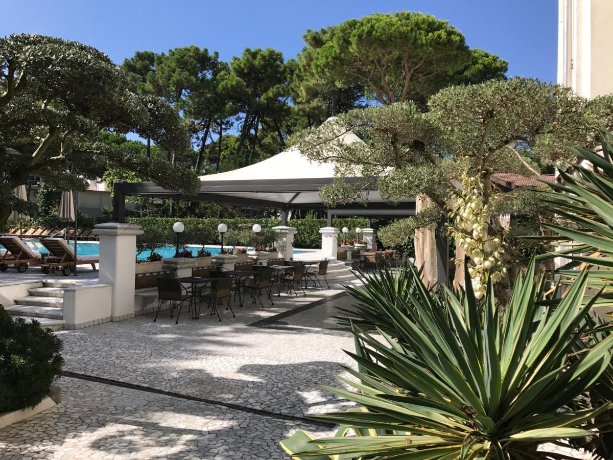 Minibar Kühlschrank Willhaben : Hotel greif italien lignano sabbiadoro booking.com