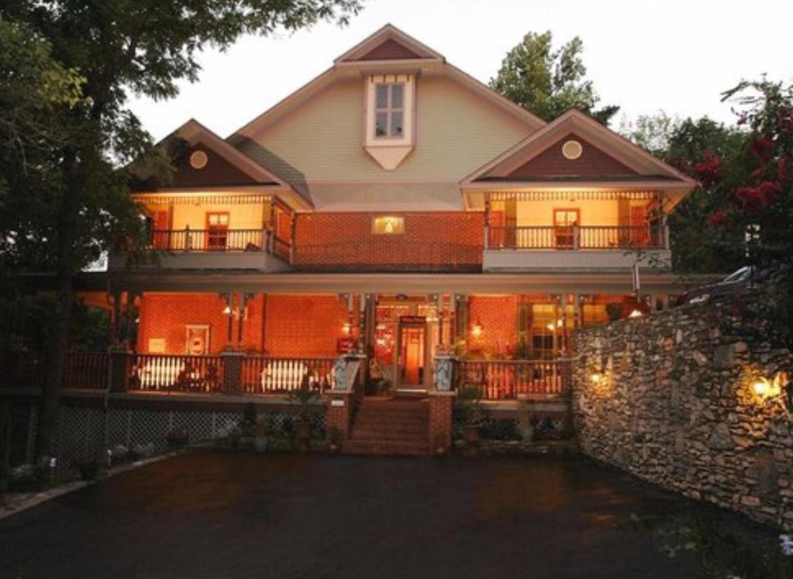 Hotels In Eureka Springs Arkansas