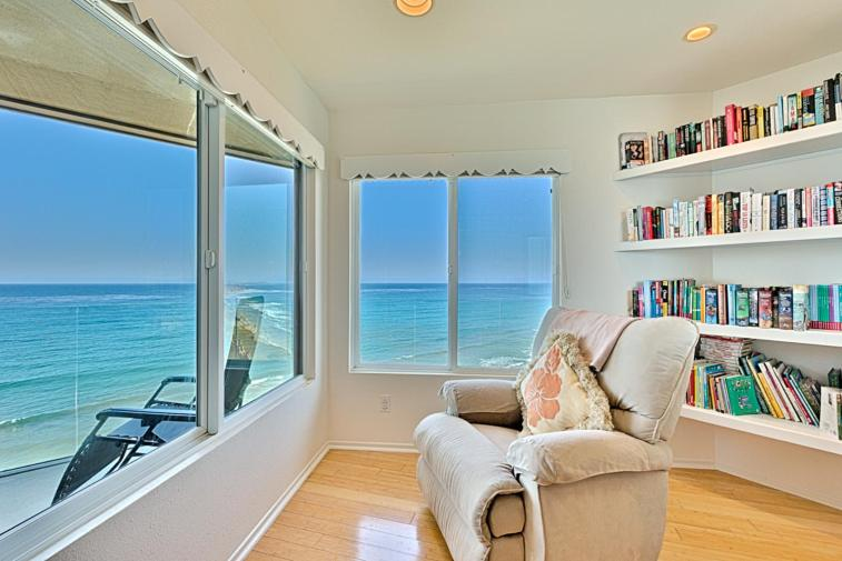 27song Sounds Of The Sea At Surfsong Two Bedroom Apartment Solana Beach Ca Booking