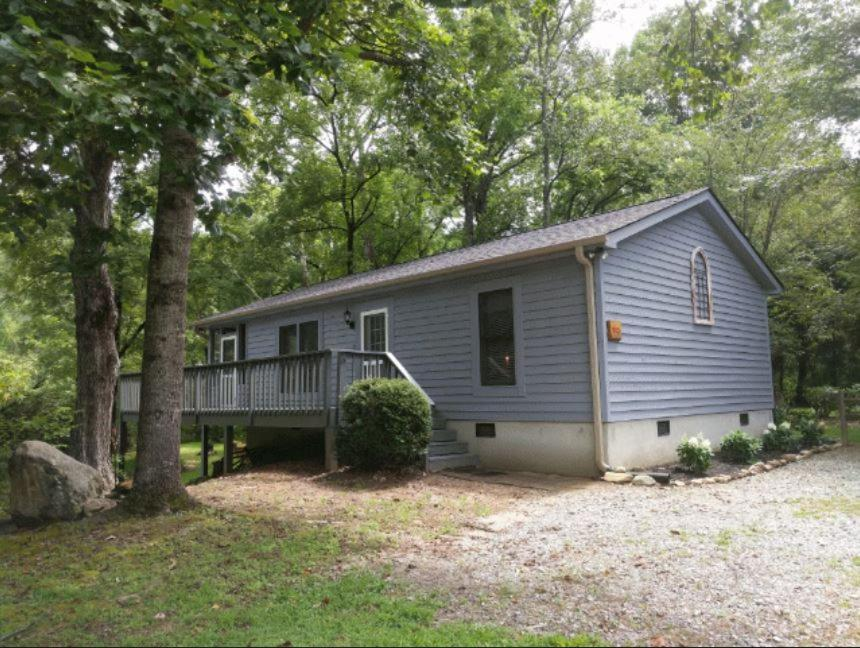 Vacation home reedy patch cabin hendersonville nc booking solutioingenieria Choice Image