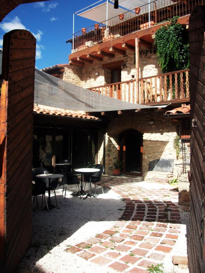 Hotels In Fornols Catalonia