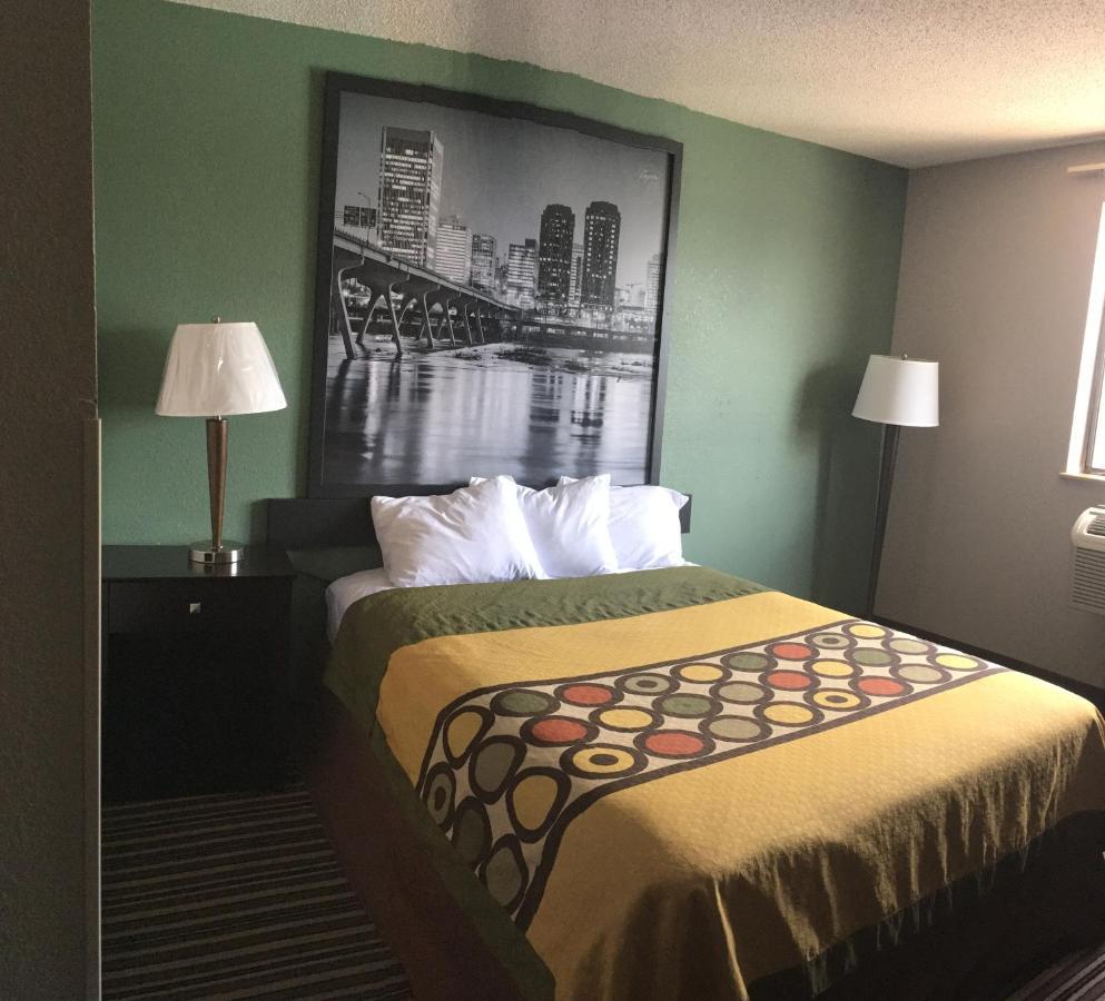 Hotels In Mayfair Estates Virginia