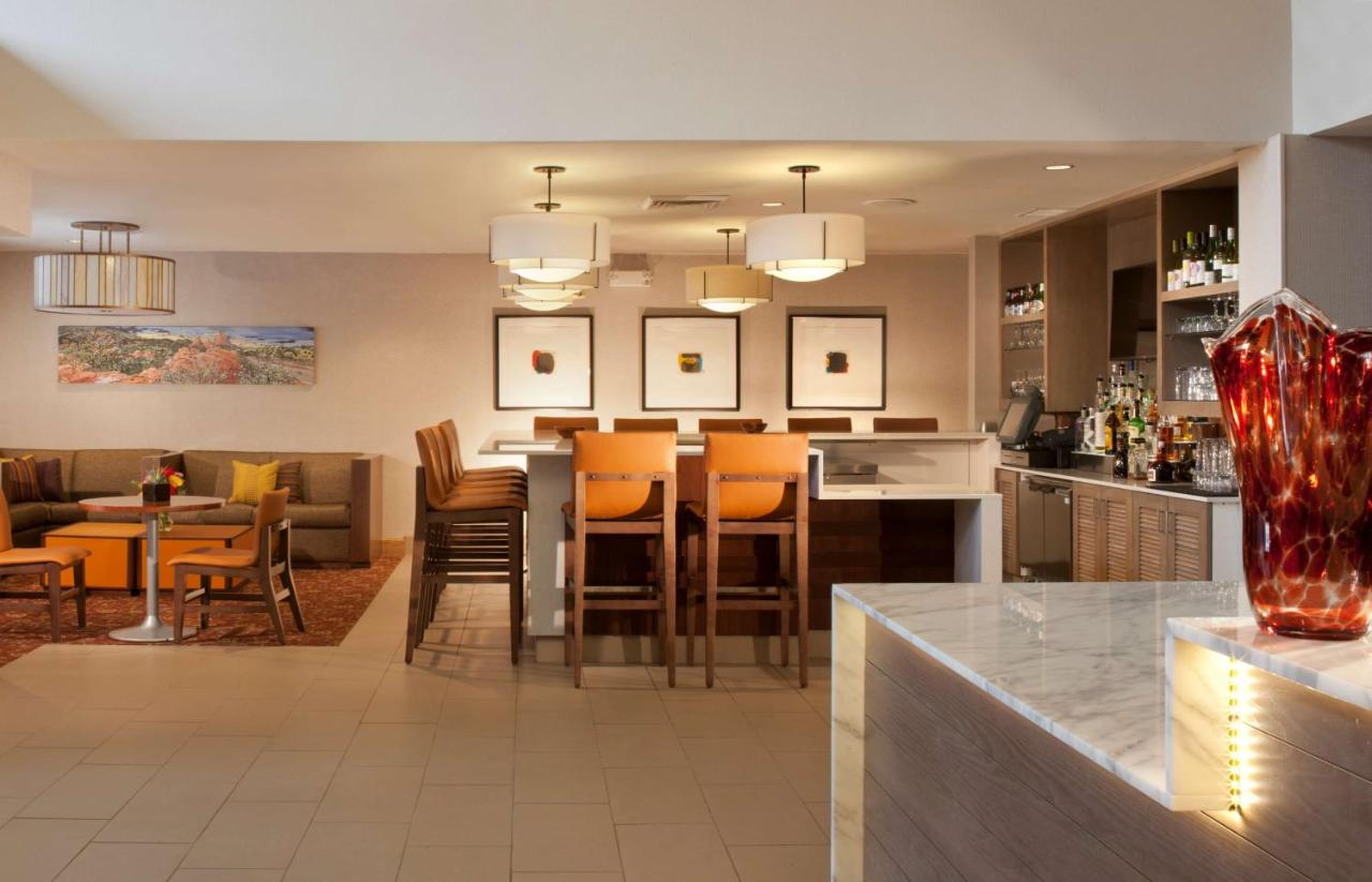 Hotels In Pikeview Colorado