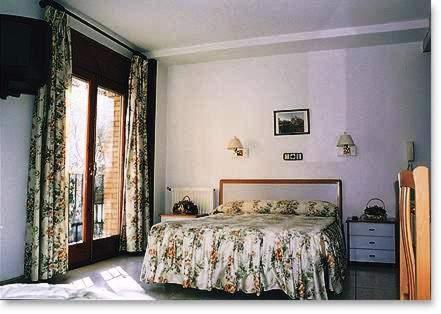 Guest Houses In Montmesa Aragon